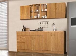 Dviejų metrų ilgio, alksnio spalvos virtuvės spintelių komplektas, virtuvė gali būti komplektuojama.