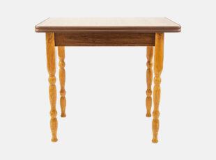 Alksnio spalvos išskleidžiamas valgomojo stalas D3