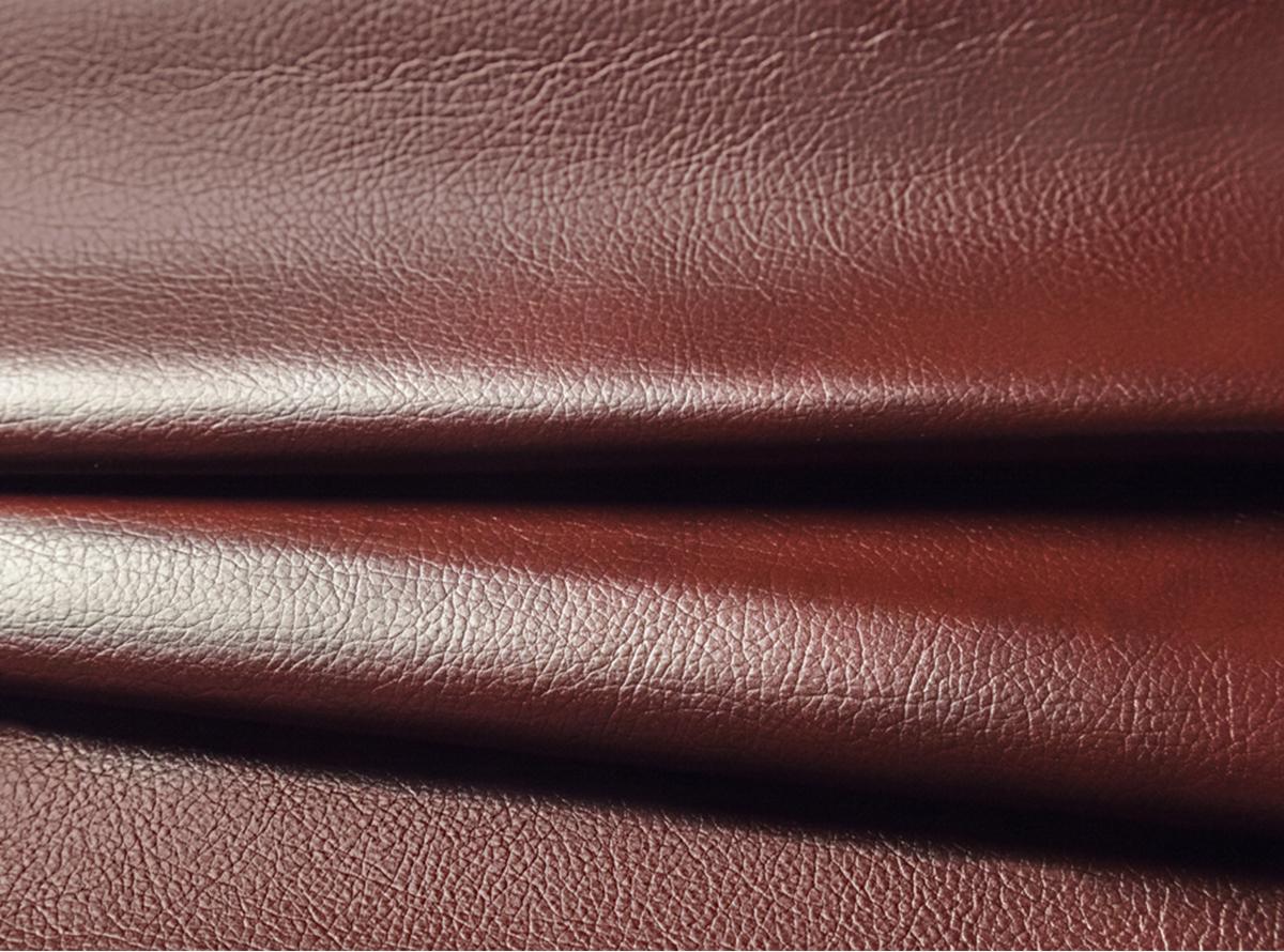 Bordo spalvos eko oda su tekstūra