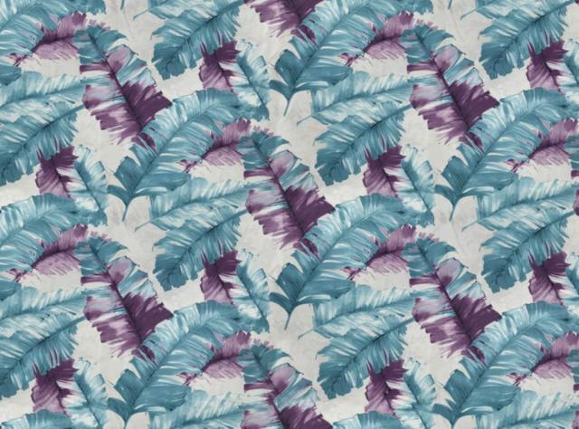 Švelnus gobelenas su spalvotomis mėlynomis ir violetinėmis plunksnomis