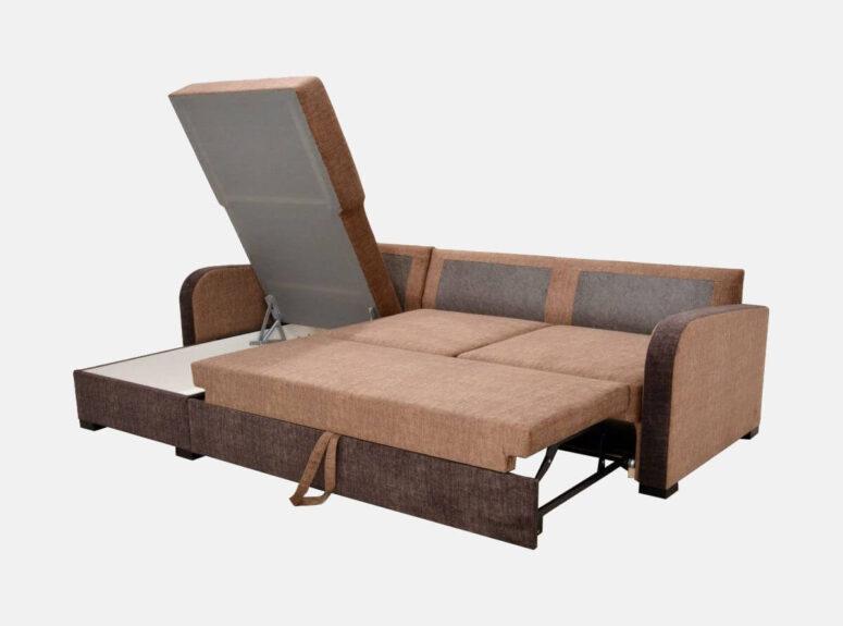 Dviejų atspalvių rudas lietuvių gamybos minkštas kampas su patalynės dėže ir miegojimo funkcija
