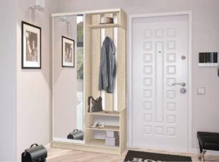 Daili moderni prieškambario spinta stumdomomis durimis su veidrodžiu. Sonoma ąžuolo šviesiai rudos spalvos