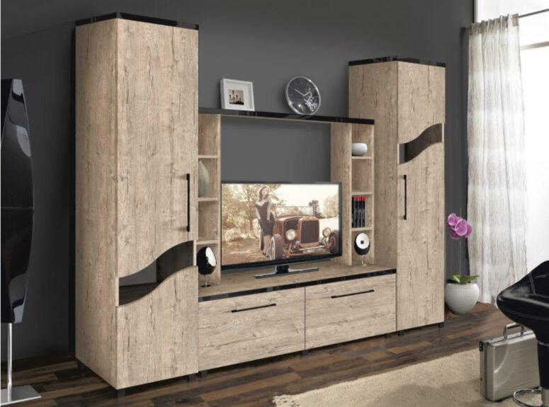 Modernaus dizaino šviesiai rudos spalvos didelė talpi svetainės sekcija su uždaromis spintelėmis