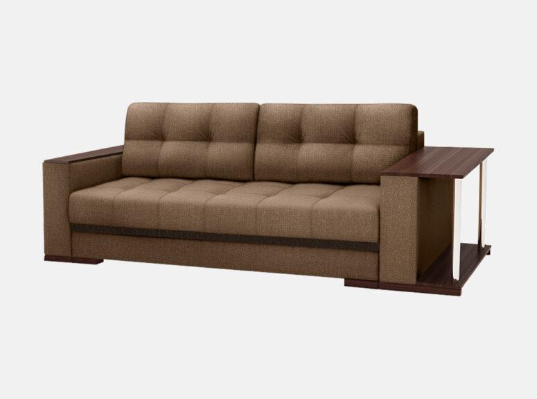 Tamsiai rudos spalvos sofa-lova nikoletti su mediniais porankiais ir staliuku. Sofa su patalynės dėže